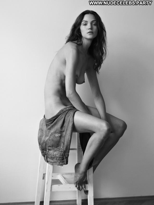 Ollie Kram Photo Shoot Boobs Big Tits Posing Hot Celebrity Sexy Nude