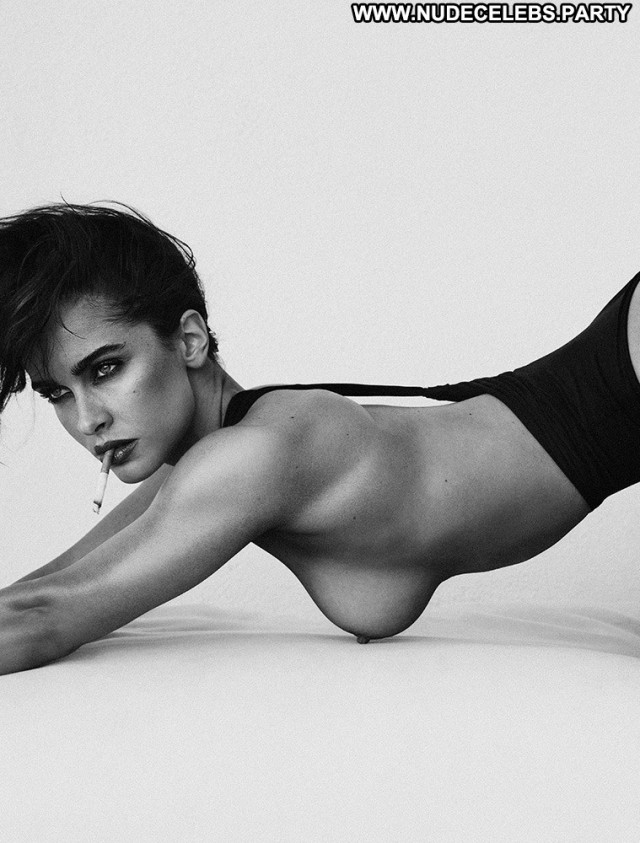 Ellie Gonsalves Photo Shoot Big Boobs Celebrity Pretty Nude Stunning