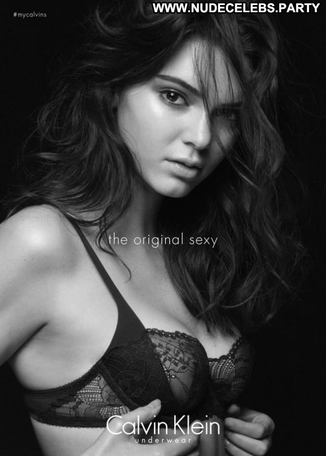 Kim Kardashian Black And White Sexy Celebrity Beautiful Black Hot