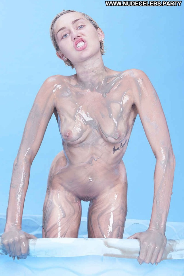 Miley Cyrus Photo Shoot Magazine Celebrity Sultry Stunning Nude