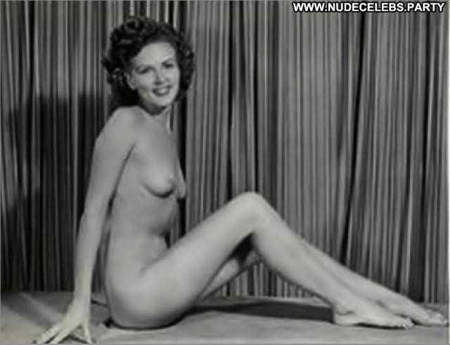 Betty White Photo Shoot Sensual Cute Celebrity Nude Hot Stunning Doll
