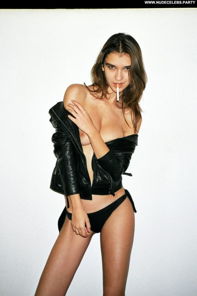 Paula Bulczynska Alessandro Casagrande Brunettes Nice Nude Doll Cute