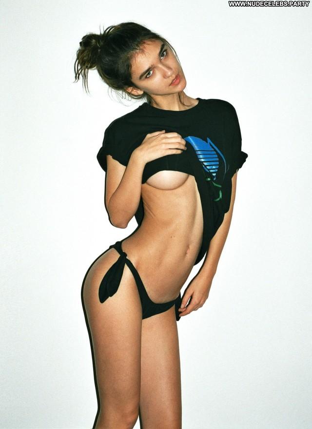 Paula Bulczynska Alessandro Casagrande  Sensual Nice Cute Celebrity