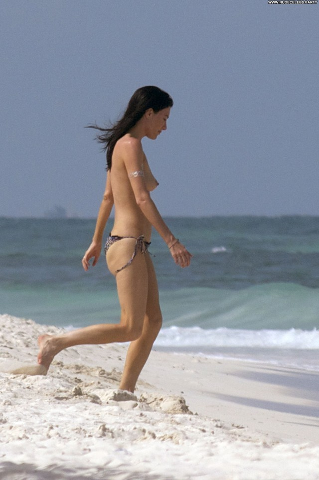 Jaime Murray Paparazzi Topless Celebrity Paparazzi Doll Brunettes