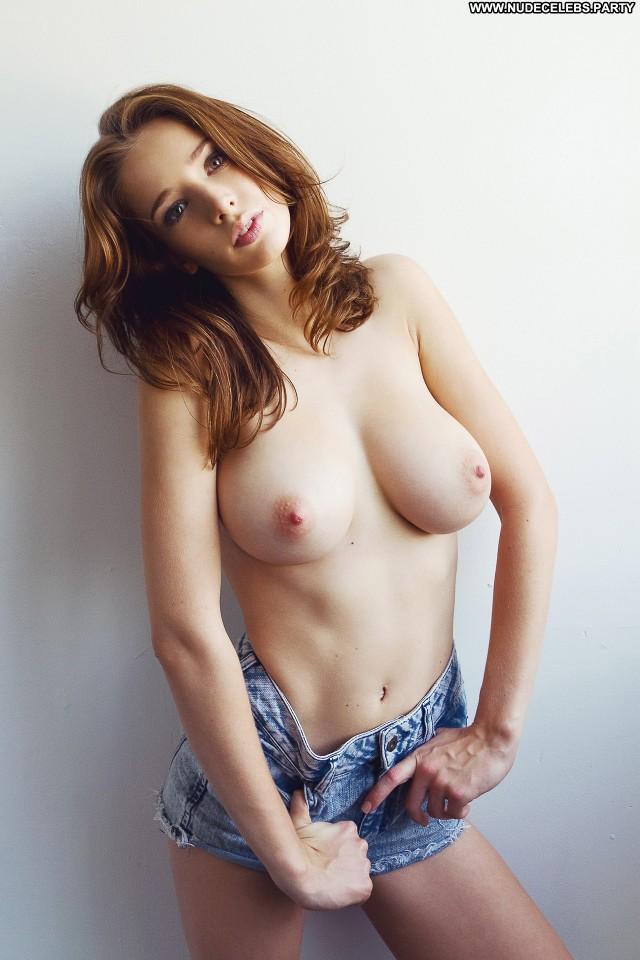 Emily Shaw Photo Shoot  Cute Big Tits Celebrity Hot Big Boobs Boobs