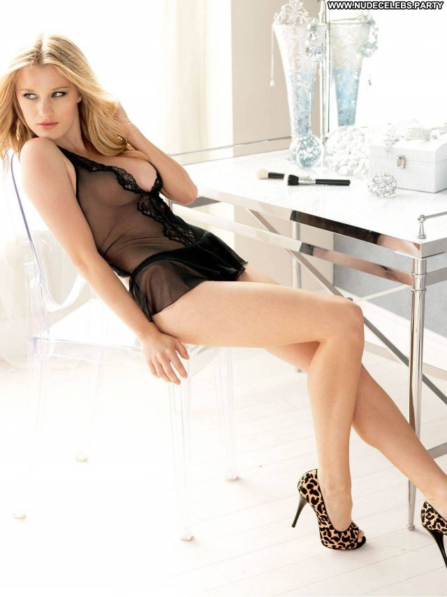 Ashley Hinshaw Hot Chick Blondes Hot Lingerie Pretty Hollywood Nude