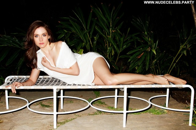 Alison Brie Photo Shoot  Brunettes Doll Posing Hot Pretty Nude