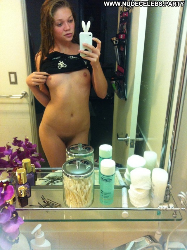 Jessie Andrews Barely Legal  Posing Hot Nice Nude Porn Celebrity