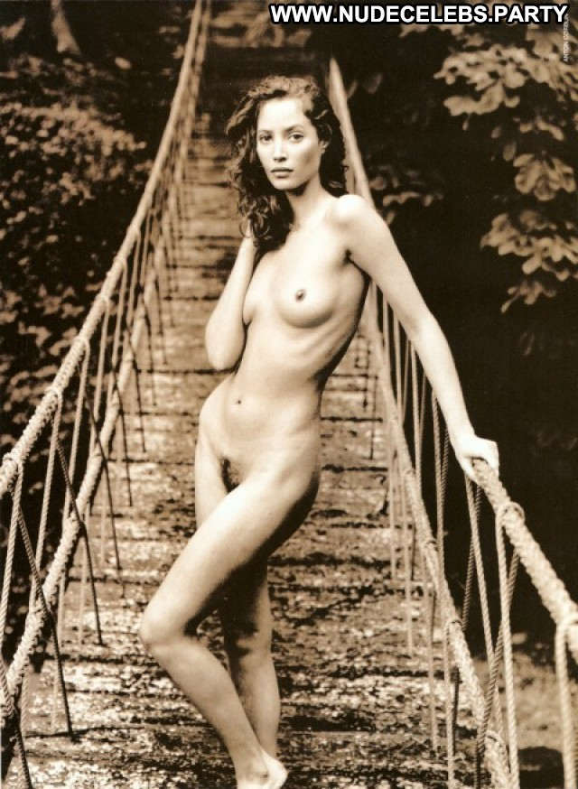 Christy Turlington Vogue Hommes Sexy Big Tits Doll Boobs Sensual Nude