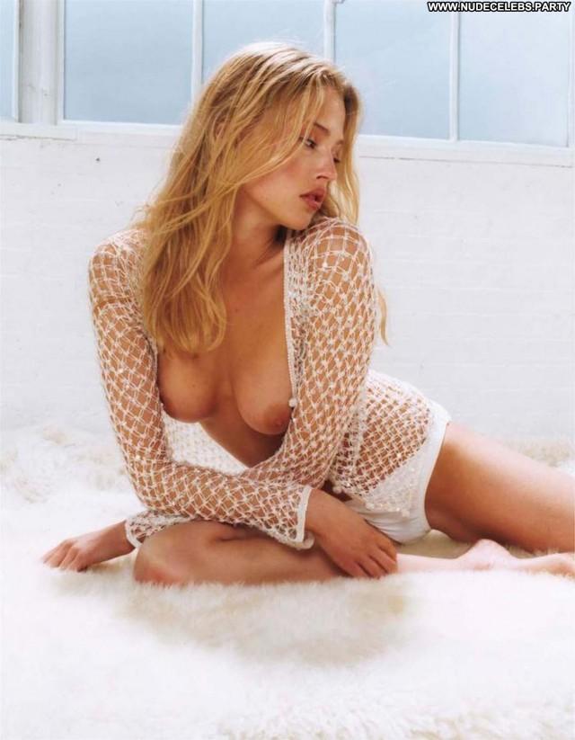 Estella Warren Australia Sultry Nice Gorgeous Celebrity Sensual