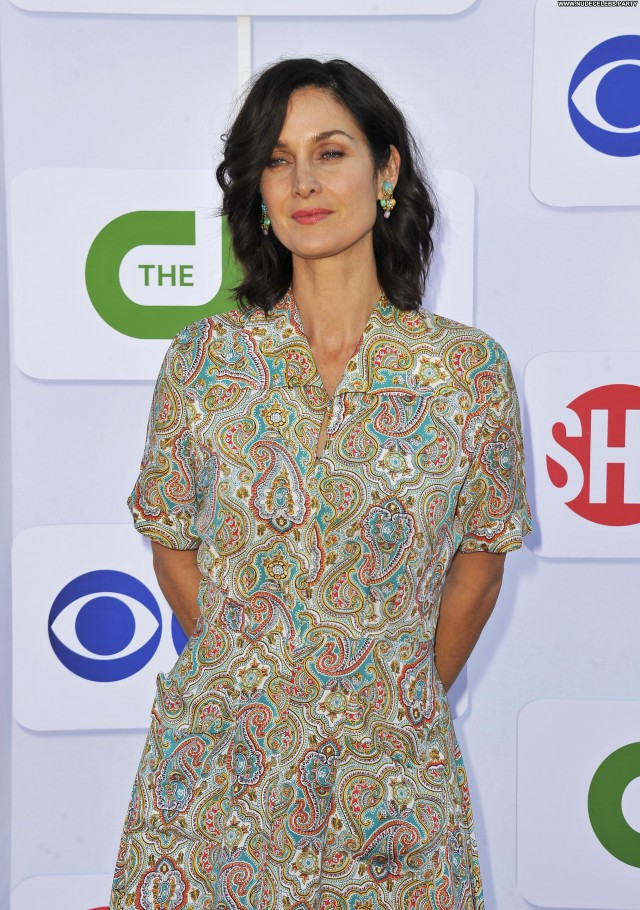 Carrie Anne Moss Miami Beach Celebrity Cute Doll Stunning Sensual