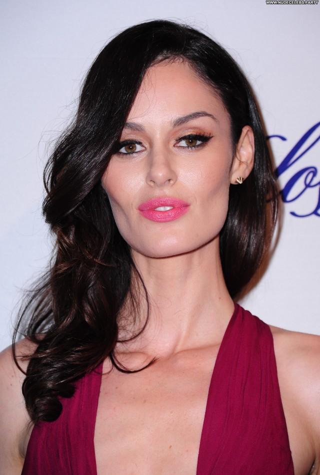 Nicole Trunfio These Girls Celebrity Sultry Pretty Beautiful Sensual