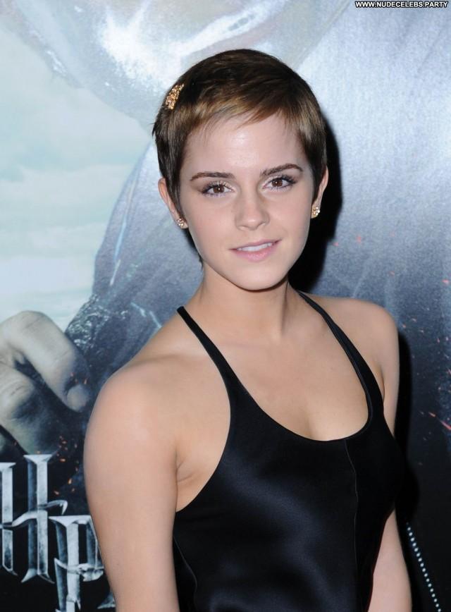 Emma Watson Los Angeles Posing Hot Sultry Doll Hot Celebrity Pretty