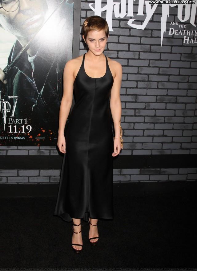 Emma Watson Los Angeles Hot Pretty Celebrity Posing Hot Sultry