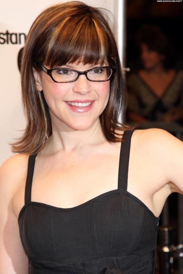 Lisa Loeb West Hollywood Posing Hot Nice Cute Sexy Hot Celebrity
