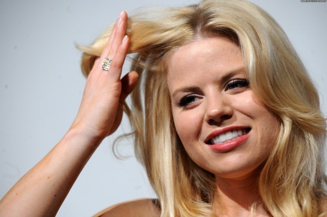 Megan Hilty Pride Of Britain Awards Gorgeous Celebrity Nice Posing