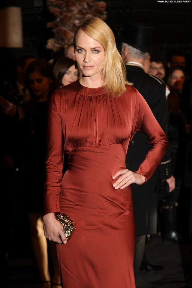 Amber Valletta Primetime Emmy Awards Sultry Celebrity Sexy Gorgeous