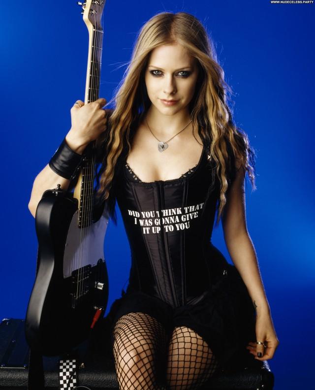Avril Lavigne Los Angeles Posing Hot Stunning Sexy Beautiful Sensual