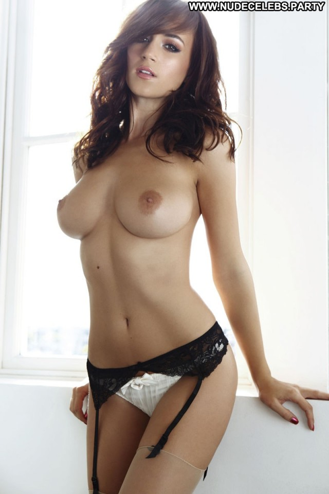 Rosie Jones Los Angeles Posing Hot Sultry Stunning Pretty Sexy