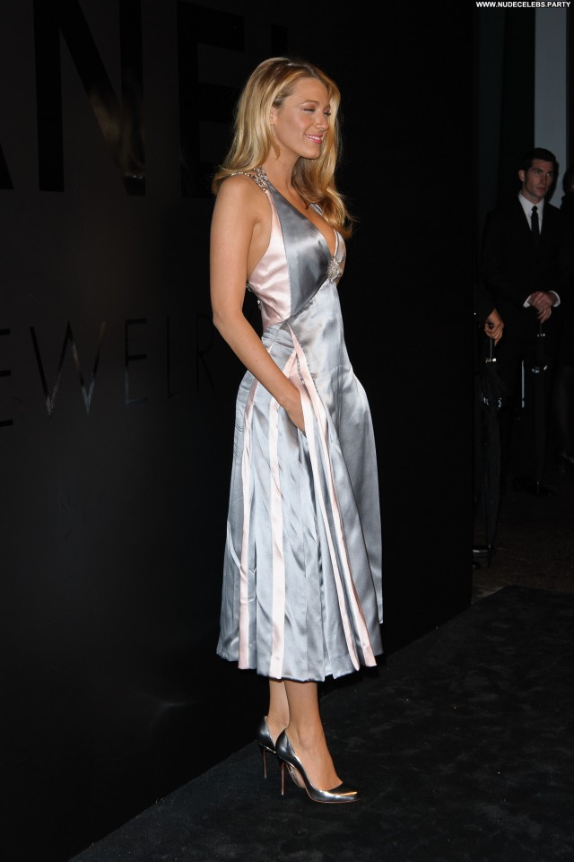 Blake Lively Beverly Hills Gorgeous Celebrity Stunning Doll Beautiful