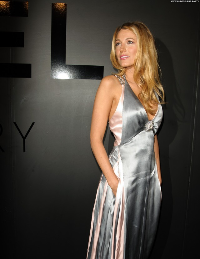 Blake Lively Beverly Hills Celebrity Doll Stunning Sultry Gorgeous