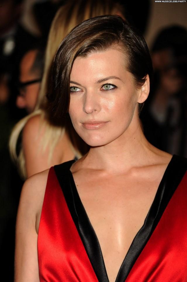 Milla Jovovich New York Pretty Gorgeous Nice Beautiful Celebrity