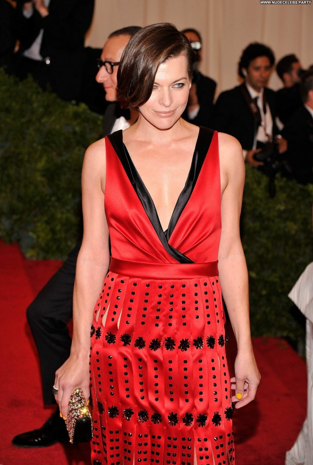 Milla Jovovich New York Hot Nice Pretty Gorgeous Celebrity Beautiful