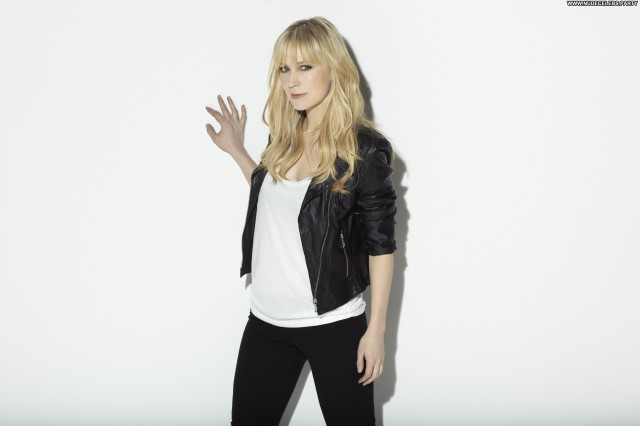Beth Riesgraf Photoshoot Stunning Hot Nice Sultry Gorgeous Celebrity