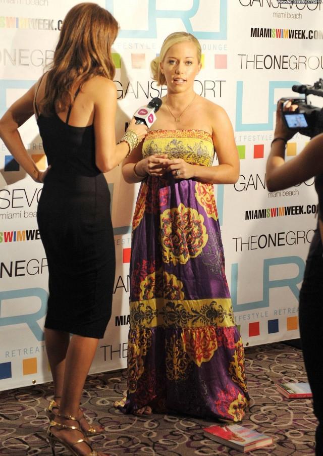 Kendra Wilkinson The Girls Next Door  Nice Celebrity Girlfriend Doll