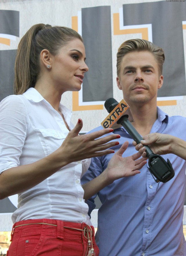 Maria Menounos Supermodels Nice Gorgeous Doll Stunning Hot Celebrity