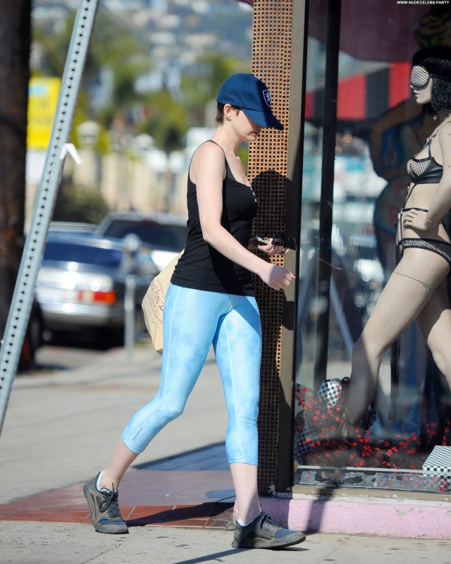 Anne Hathaway Beverly Hills Hot Pretty Sensual Doll Celebrity Sultry