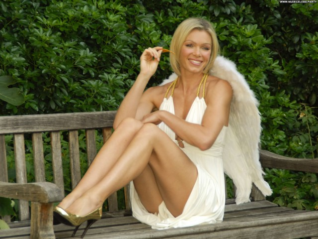 Nell Mcandrew Photoshoot In London Sexy Pretty Nice Celebrity Sultry
