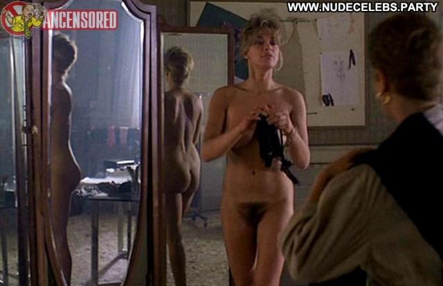 Gilla Novak Fotografando Patrizia Medium Tits Sexy Celebrity Brunette