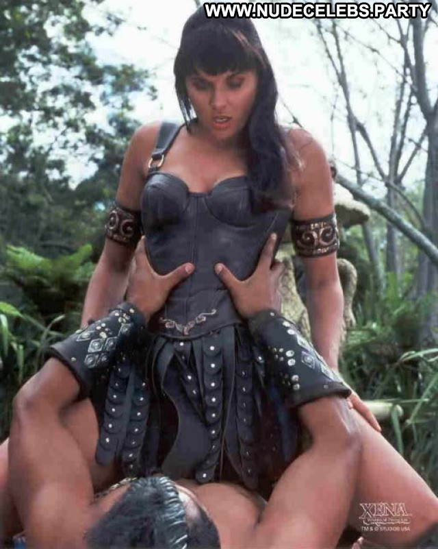 Lucy Lawless Xena Warrior Princess Nice Celebrity Medium Tits
