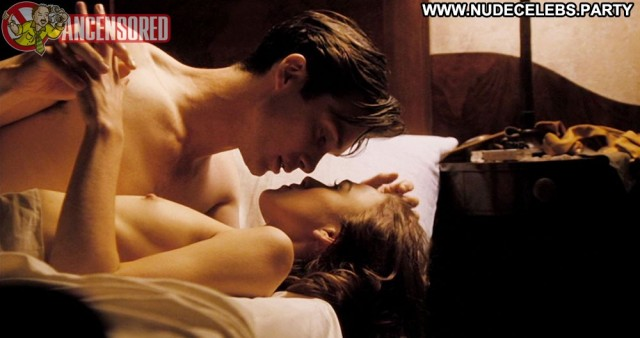 Keira Knightley The Edge Of Love Skinny Sexy Brunette Sultry