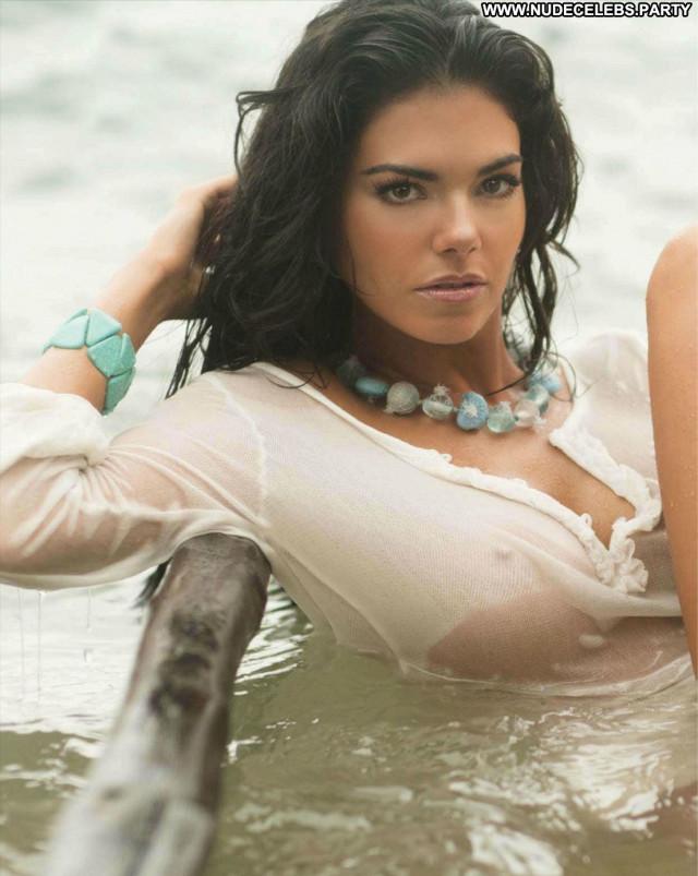 Livia Brito S Magazine Babe Celebrity Magazine Beautiful Posing Hot