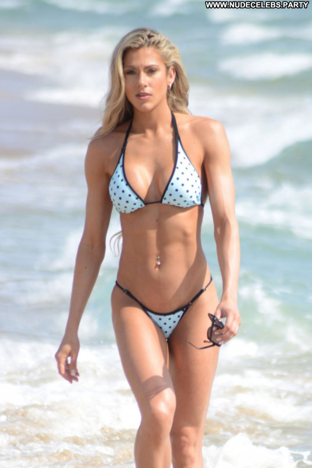 Bikini No Source Posing Hot Bikini Trainer Babe Fitness Beautiful