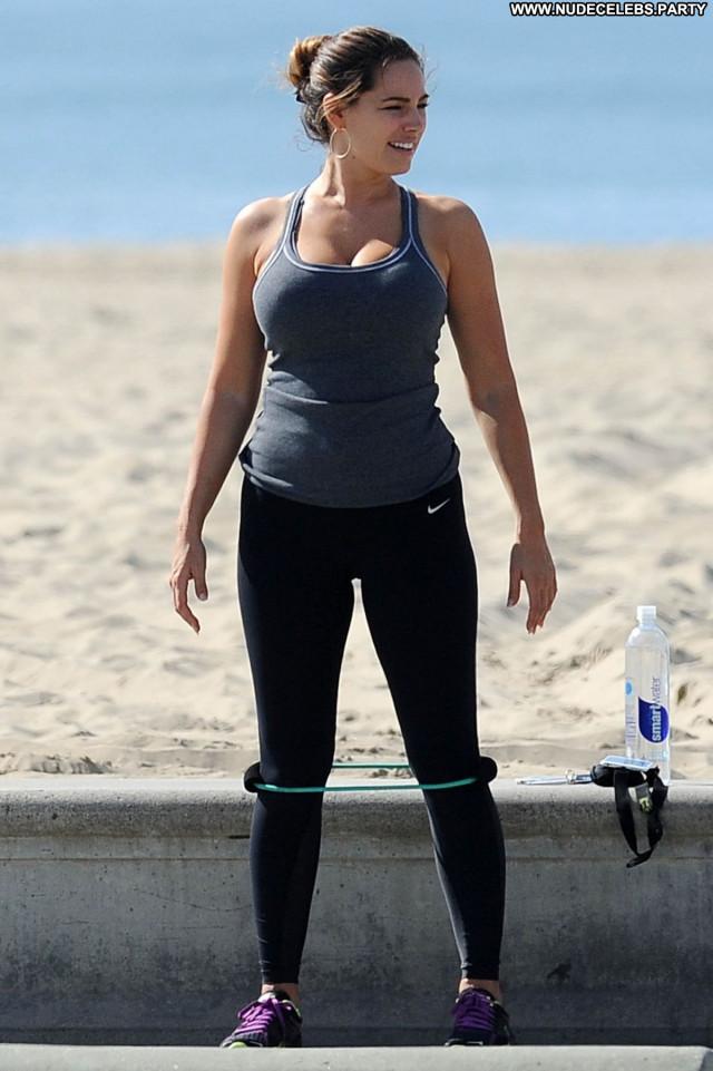 Kelly Brook No Source Celebrity Beautiful Posing Hot Babe