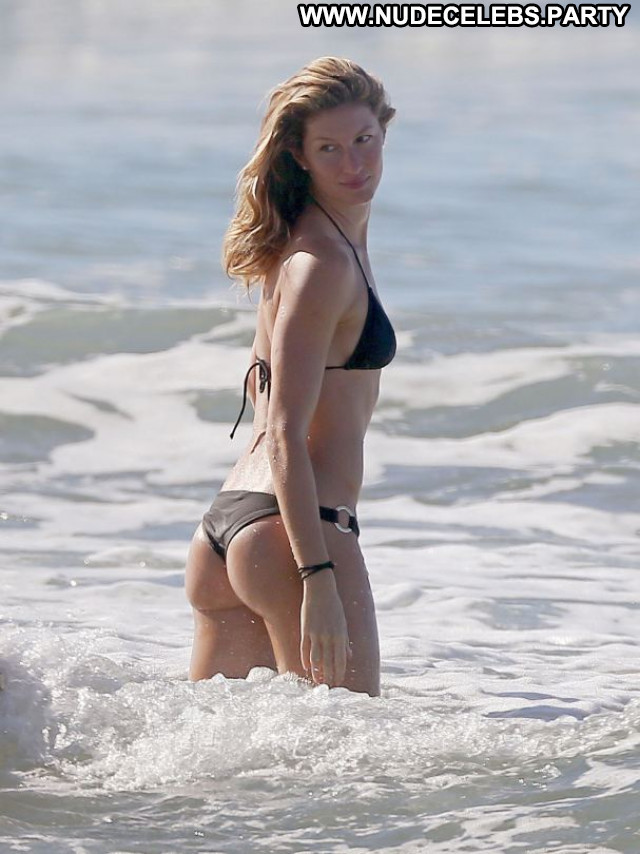 Gisele Bundchen No Source Bikini Candids Posing Hot Sexy Celebrity