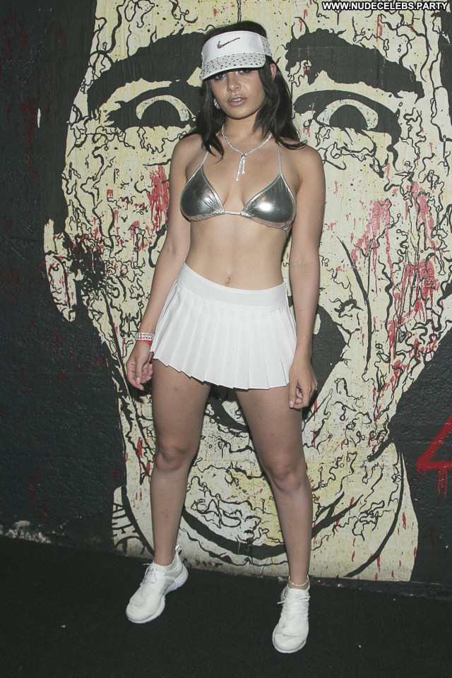 Charli Xcx Babe Concert Celebrity Beautiful Sexy Singer Live Posing