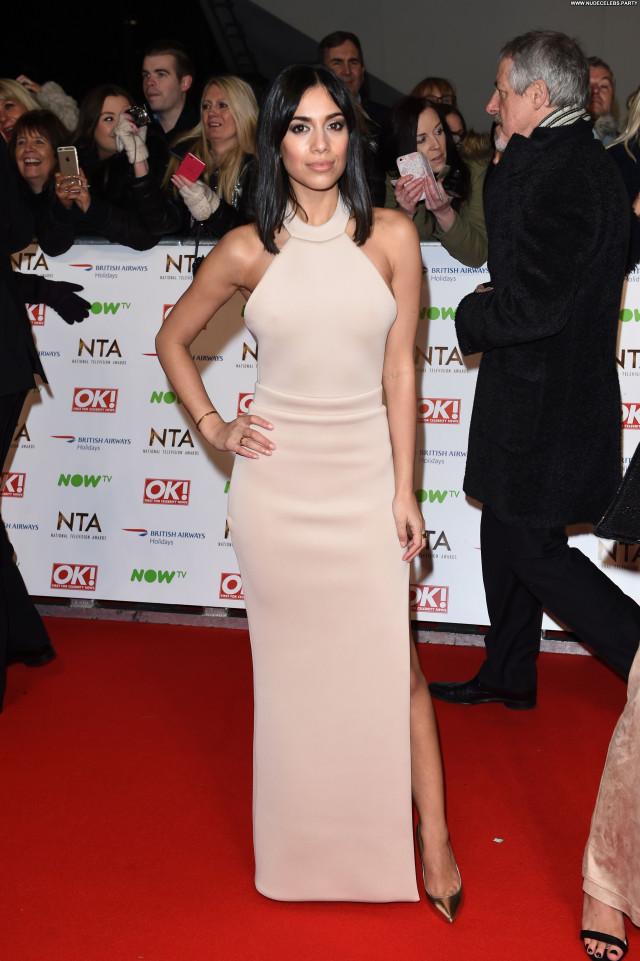 Fiona Wade Red Carpet Sexy Posing Hot Awards Celebrity Beautiful