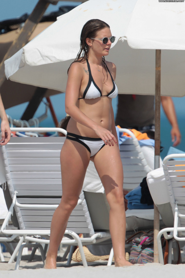 Tove Lo The Beach Celebrity Posing Hot Bikini Beautiful Swedish Babe