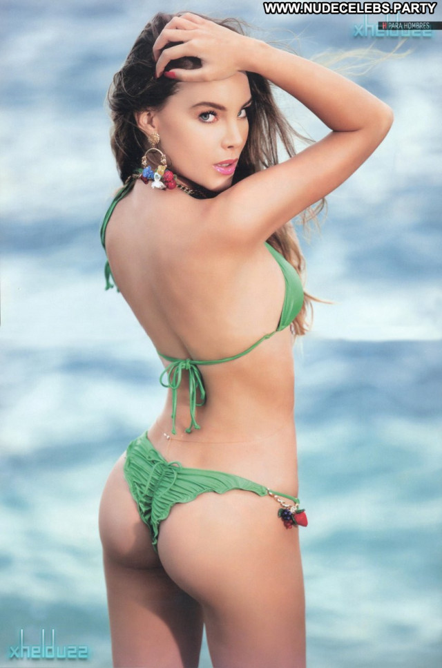 Belinda Beautiful Singer Babe Mexican Bikini Celebrity Sexy Posing