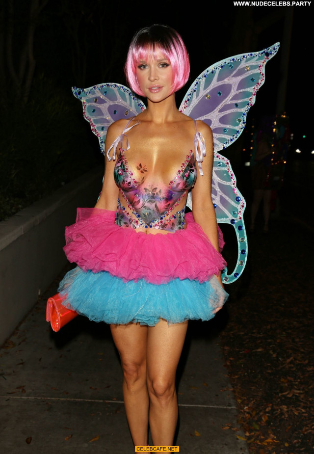 Joanna Krupa Halloween Party Topless Babe Posing Hot Party Body Paint