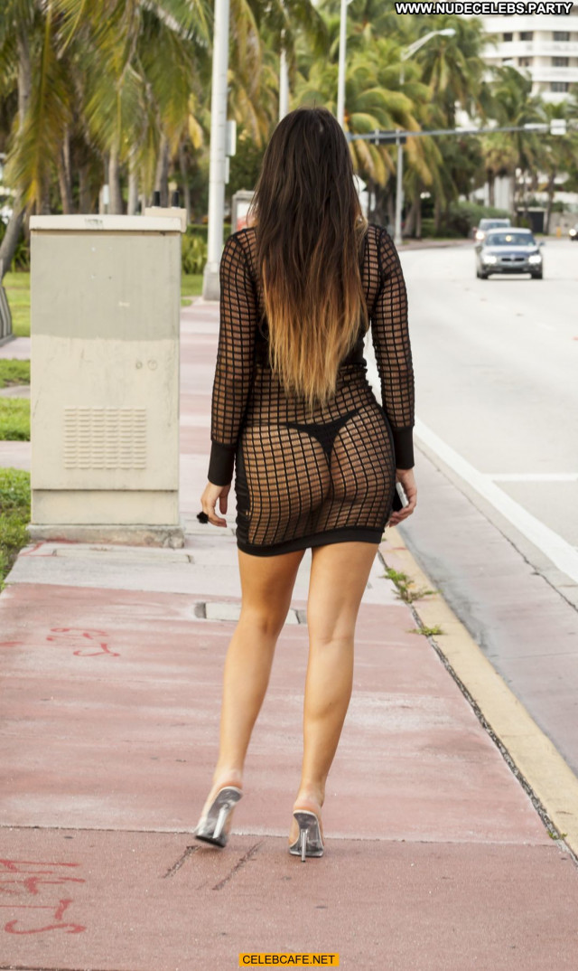 Claudia Romani No Source Posing Hot See Through Ass Babe Beautiful
