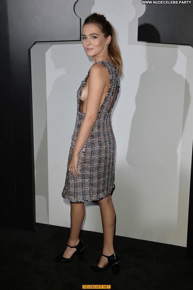 Zoey Deutch No Source Celebrity Babe Posing Hot Beautiful Sideboob