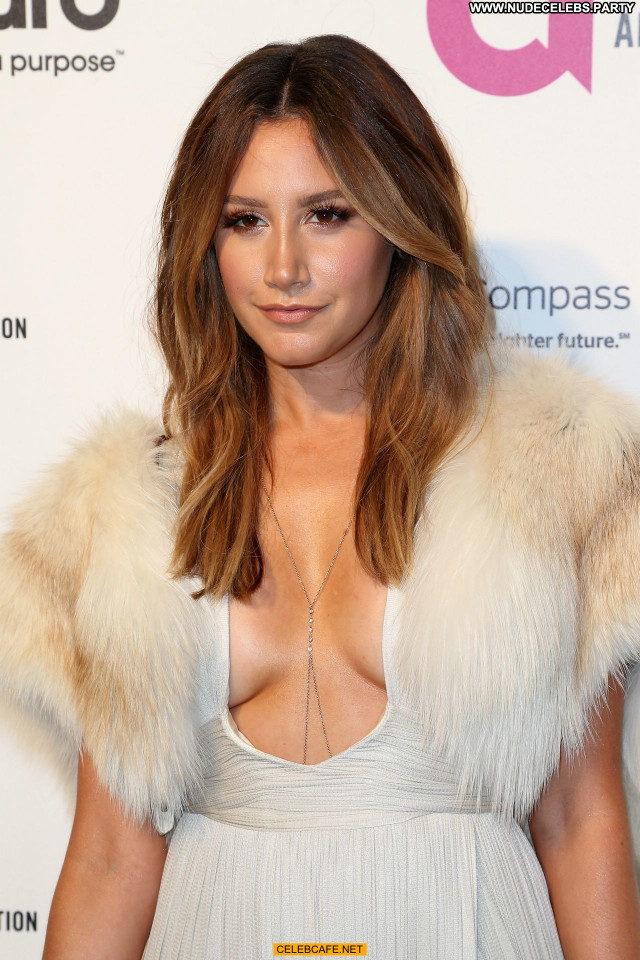 Ashley Tisdale No Source Babe Celebrity Party Beautiful Cleavage