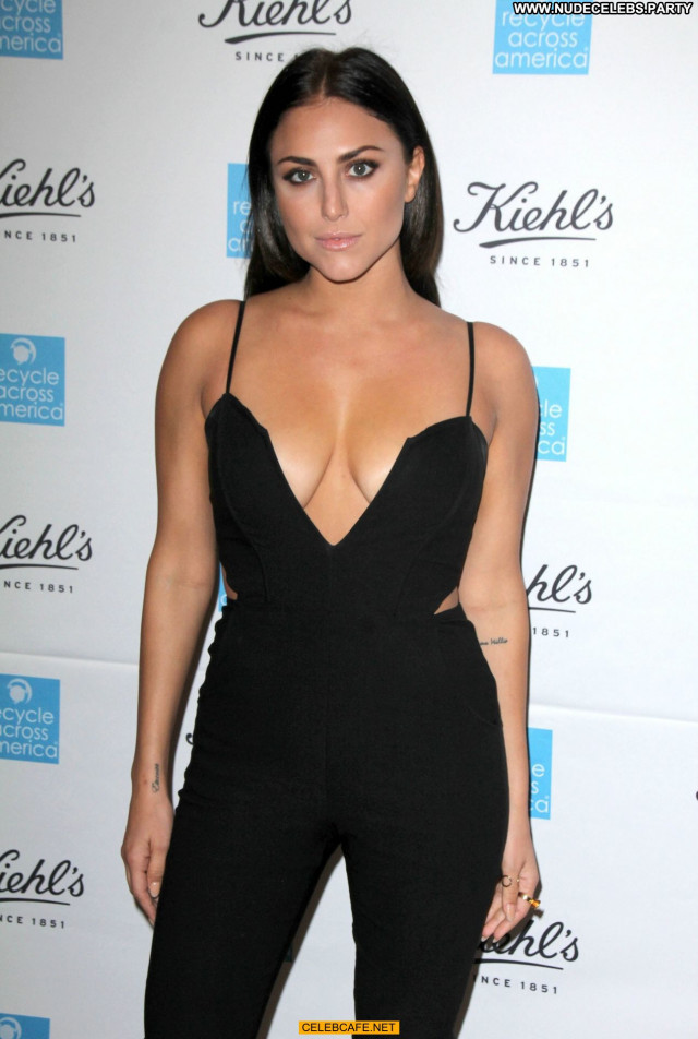 Cassie Scerbo No Source Sexy Cleavage Posing Hot Sex Celebrity Babe