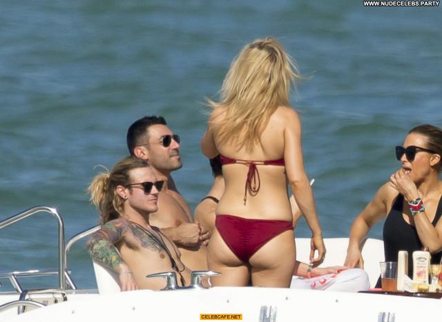 Ellie Goulding No Source Celebrity Bikini Babe Posing Hot Beautiful