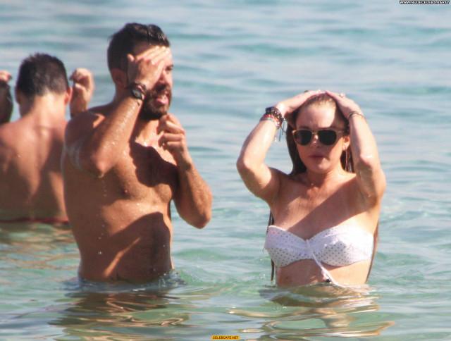 Lindsay Lohan The Beach Beach Posing Hot Beautiful Celebrity Greece